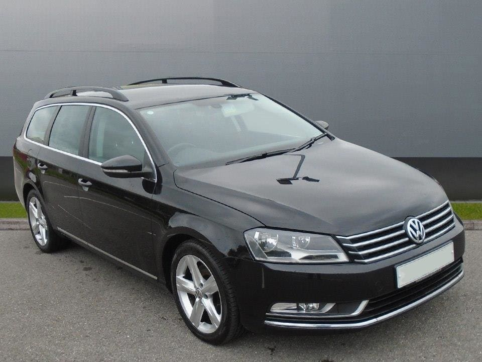 volkswagen passat 1 6 tdi bluemotion tech se 5dr 328434207 1